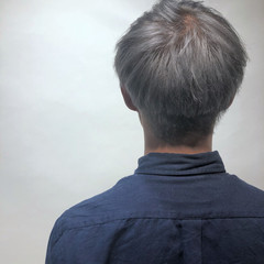 秋 ショート グレージュ グレー ヘアスタイルや髪型の写真・画像