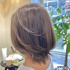 透明感カラー シアーベージュ 極細ハイライト ブリーチオンカラー ヘアスタイルや髪型の写真・画像