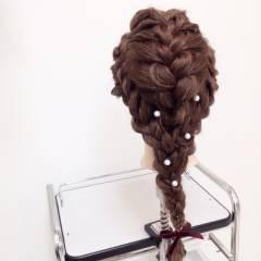 ヘアアレンジ 波ウェーブ パーティ 編み込み ヘアスタイルや髪型の写真・画像