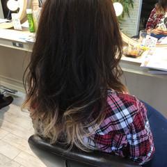 ナチュラル セミロング グラデーションカラー 大人かわいい ヘアスタイルや髪型の写真・画像