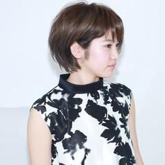 イルミナカラー グレージュ ショート 外国人風 ヘアスタイルや髪型の写真・画像