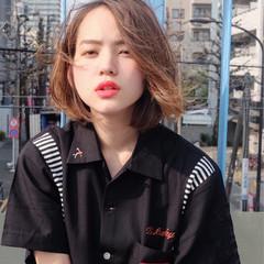 アッシュ グレージュ ヘアアレンジ 外国人風カラー ヘアスタイルや髪型の写真・画像