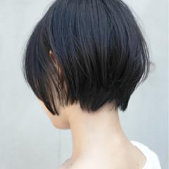 オフィス ショート コンサバ エフォートレス ヘアスタイルや髪型の写真・画像
