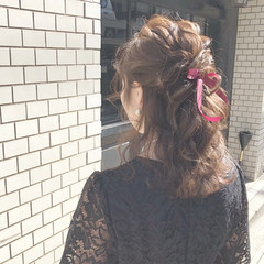 結婚式 ヘアアレンジ ハーフアップ アンニュイほつれヘア ヘアスタイルや髪型の写真・画像