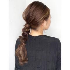 くるりんぱ ナチュラル ヘアアレンジ 三つ編み ヘアスタイルや髪型の写真・画像