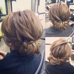 シニヨン 編み込み ミディアム 簡単ヘアアレンジ ヘアスタイルや髪型の写真・画像