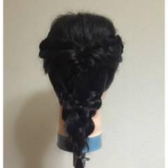 編み込み フェミニン ヘアアレンジ セミロング ヘアスタイルや髪型の写真・画像