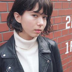 大人女子 暗髪 色気 小顔 ヘアスタイルや髪型の写真・画像