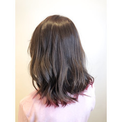 グラデーションカラー 大人ヘアスタイル ラベンダーピンク ミディアム ヘアスタイルや髪型の写真・画像