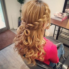 セミロング 編み込み ハーフアップ ヘアアレンジ ヘアスタイルや髪型の写真・画像