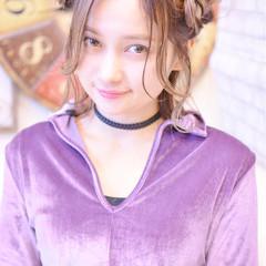 簡単ヘアアレンジ ヘアアレンジ ガーリー ミディアム ヘアスタイルや髪型の写真・画像