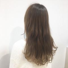 ミルクティーベージュ 上品 ダブルカラー 透明感 ヘアスタイルや髪型の写真・画像