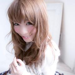 ゆるふわ ニュアンス 大人女子 小顔 ヘアスタイルや髪型の写真・画像
