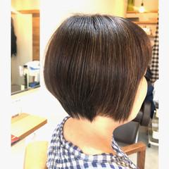 ナチュラル ショート ハイライト 白髪染め ヘアスタイルや髪型の写真・画像