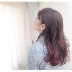 ロング 外国人風 波ウェーブ ストリート ヘアスタイルや髪型の写真・画像