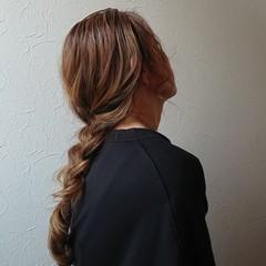 ナチュラル セルフヘアアレンジ 三つ編み ロング ヘアスタイルや髪型の写真・画像