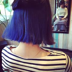 ブルー ブリーチ ワンレングス ボブ ヘアスタイルや髪型の写真・画像