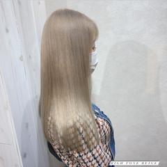 ロング ナチュラル ヌーディベージュ ブリーチ ヘアスタイルや髪型の写真・画像