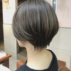 アッシュベージュ ハンサムショート ショート ナチュラル ヘアスタイルや髪型の写真・画像