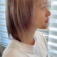 ウルフカット ハイトーンカラー 大人ミディアム ミディアム ヘアスタイルや髪型の写真・画像