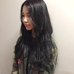 外国人風 冬 アッシュ 暗髪 ヘアスタイルや髪型の写真・画像