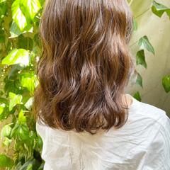 ナチュラル 外ハネボブ 切りっぱなしボブ 前髪パーマ ヘアスタイルや髪型の写真・画像