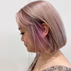 ワンレングラボブ ミニボブ 前下がりボブ ピンクベージュ ヘアスタイルや髪型の写真・画像
