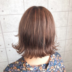 ガーリー イルミナカラー オレンジカラー クリーミーカラー ヘアスタイルや髪型の写真・画像