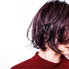 ウェットヘア 暗髪 ピンク モード ヘアスタイルや髪型の写真・画像