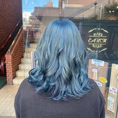 髪質改善カラー ブリーチ ブルー セミロング ヘアスタイルや髪型の写真・画像
