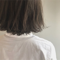 アッシュグレージュ 黒髪 透明感 アッシュ ヘアスタイルや髪型の写真・画像