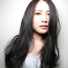 ロング 大人かわいい 黒髪 パーマ ヘアスタイルや髪型の写真・画像