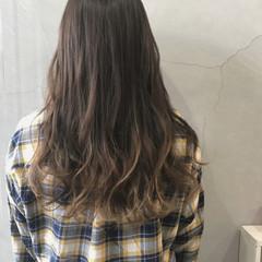 ハイライト グラデーションカラー フェミニン ブルージュ ヘアスタイルや髪型の写真・画像