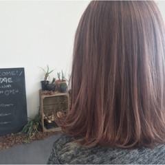 ボブ ラベンダーピンク ピンクアッシュ 外ハネ ヘアスタイルや髪型の写真・画像