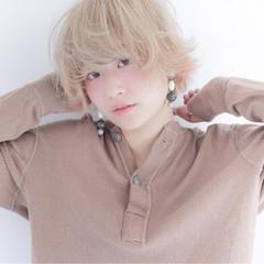 ハイトーン ショートボブ 透明感 おフェロ ヘアスタイルや髪型の写真・画像
