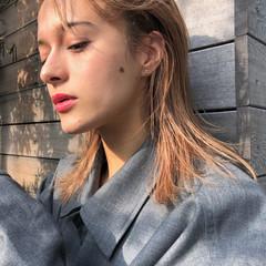 ミルクティーベージュ ベージュ 外国人風 ブリーチ ヘアスタイルや髪型の写真・画像