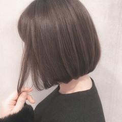 イルミナカラー 前下がり ボブ ナチュラル ヘアスタイルや髪型の写真・画像