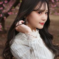 韓国風ヘアー シースルーバング グレージュ ロング ヘアスタイルや髪型の写真・画像