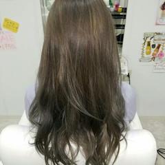 ロング アッシュ ガーリー ゆるふわ ヘアスタイルや髪型の写真・画像