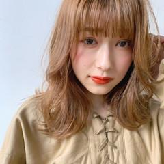 ミディアムレイヤー セミディ ミディアム ナチュラル ヘアスタイルや髪型の写真・画像