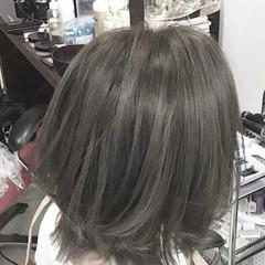 アッシュグレージュ 外国人風カラー グレージュ ミディアム ヘアスタイルや髪型の写真・画像