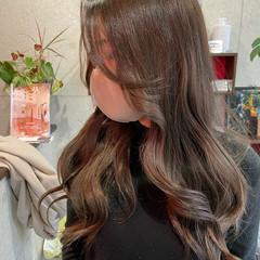 前髪アレンジ 韓国風ヘアー エレガント 流し前髪 ヘアスタイルや髪型の写真・画像