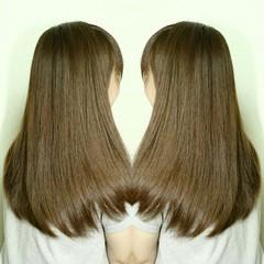 アッシュ 縮毛矯正 大人かわいい ストレート ヘアスタイルや髪型の写真・画像