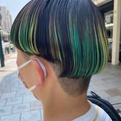 モード デザインカラー ボブ 刈り上げ ヘアスタイルや髪型の写真・画像