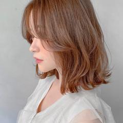 ミニボブ アッシュベージュ デジタルパーマ ベージュカラー ヘアスタイルや髪型の写真・画像