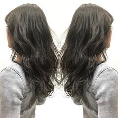 上品 ロング 黒髪 アッシュ ヘアスタイルや髪型の写真・画像