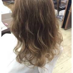 春 グラデーションカラー ベージュ ヘアスタイルや髪型の写真・画像