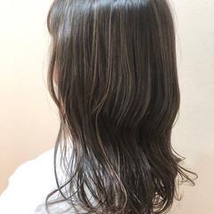 外国人風 アッシュグレージュ 外国人風カラー セミロング ヘアスタイルや髪型の写真・画像