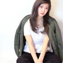 暗髪 セミロング ストレート 大人かわいい ヘアスタイルや髪型の写真・画像