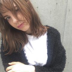 ボブ ストリート 冬 セミロング ヘアスタイルや髪型の写真・画像